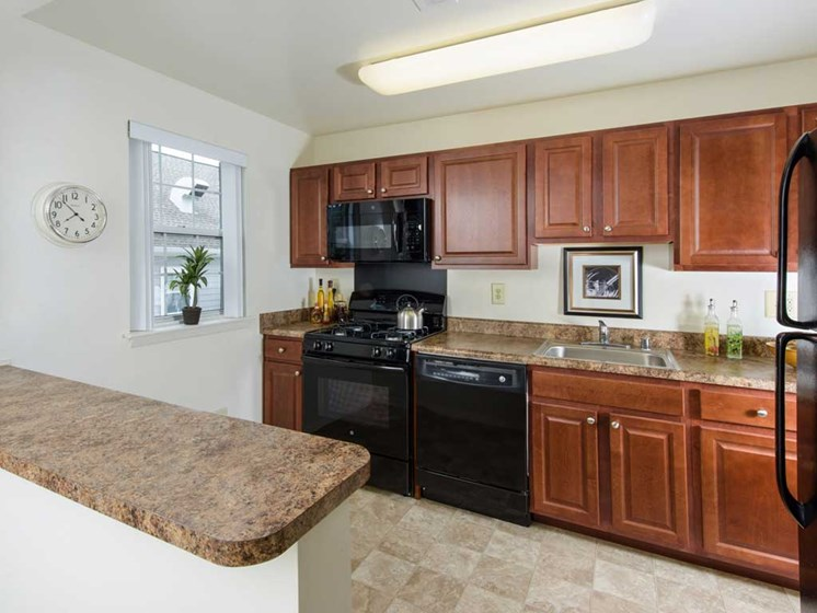 Kitchen with Breakfast Bar, Kenilworth at Perring Park Apartments, Parkville, MD