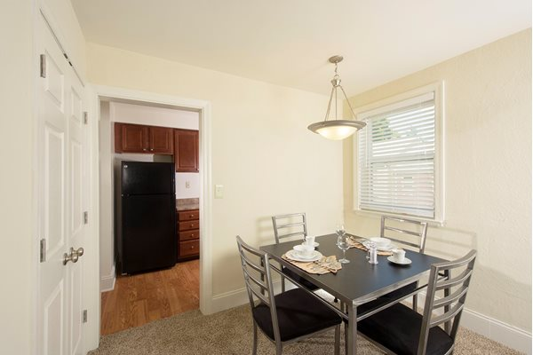 Personal Dining at Mount Ridge Apartments, Baltimore, MD,21228