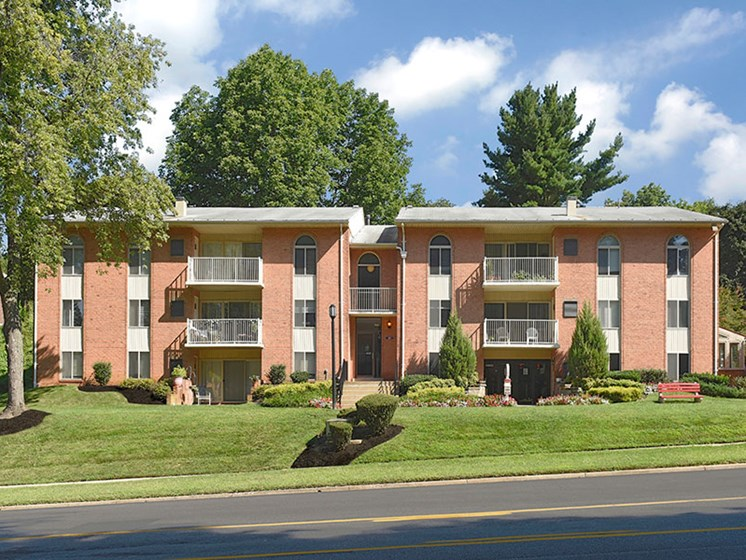 Renovated Apartment Homes Available at Padonia Village Apartments, Timonium, MD,21093