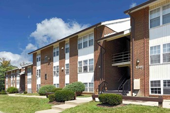 1293 Thom Court Apt. 2A 1-3 Beds Apartment for Rent Photo Gallery 1