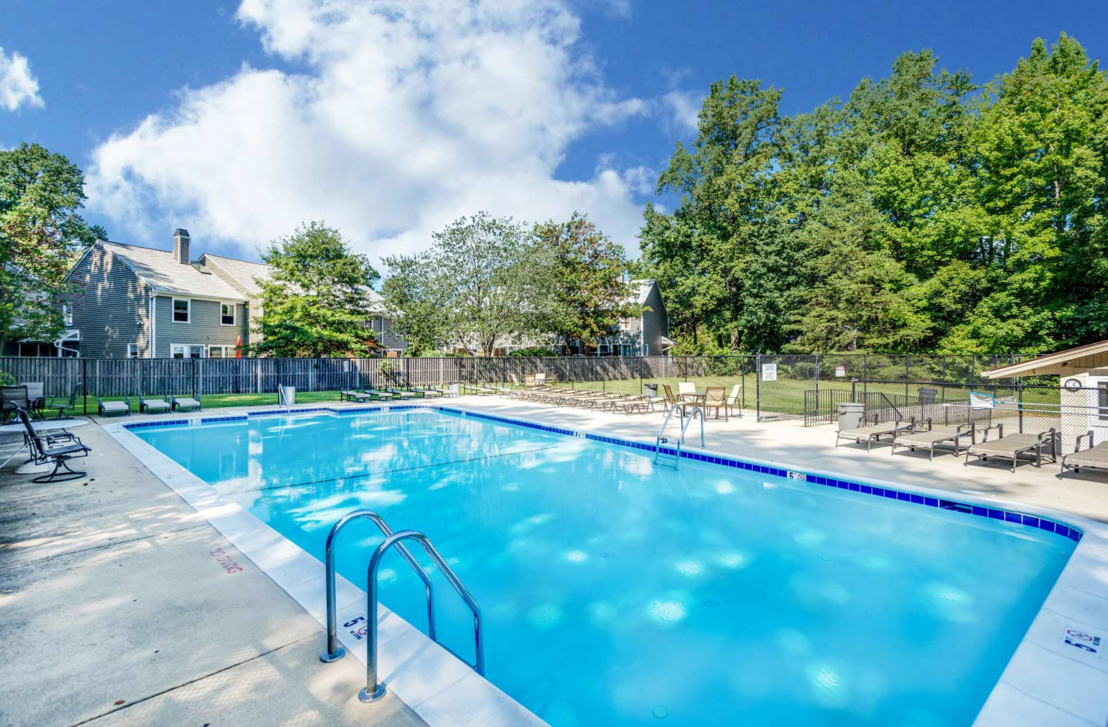 Swimming Pool, The Reserve At Quiet Waters Apartments, Annapolis, MD