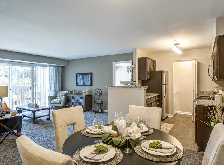 Separate Dining Area, Crossings at White Marsh Apartments, White Marsh, MD