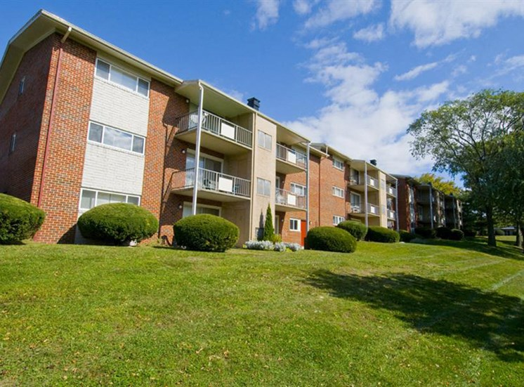 Beautiful Landscaping and Park-like Setting at Ridge Gardens Apartments, Parkville, MD, 21234