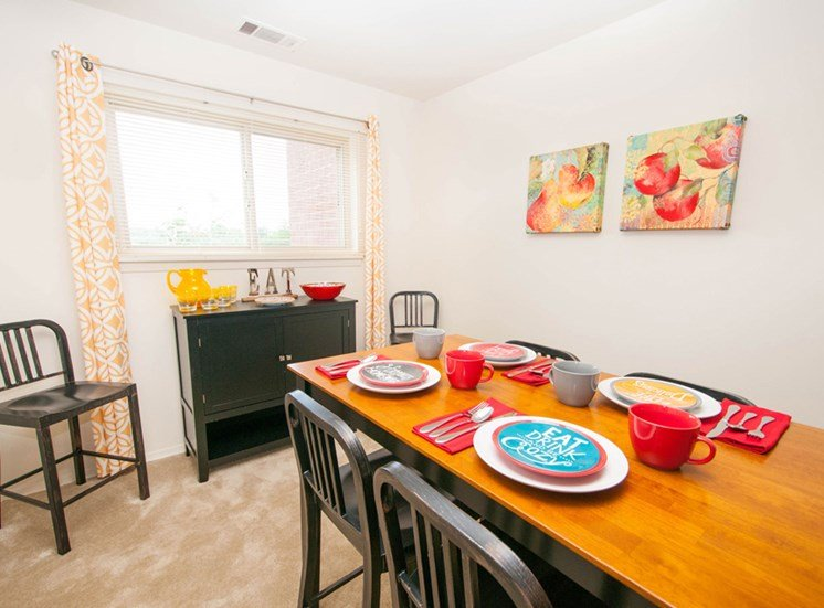 Personal Dining at Ridge Gardens Apartments, 8509 Old Harford Road, Parkville, MD, 21234