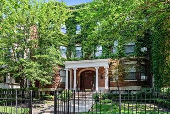 5713-15 N. Kenmore Ave. 1-2 Beds Apartment for Rent Photo Gallery 1