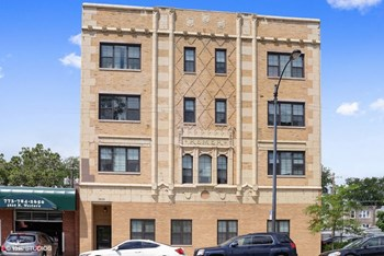 5822 N. Western Ave. 1-2 Beds Apartment for Rent Photo Gallery 1