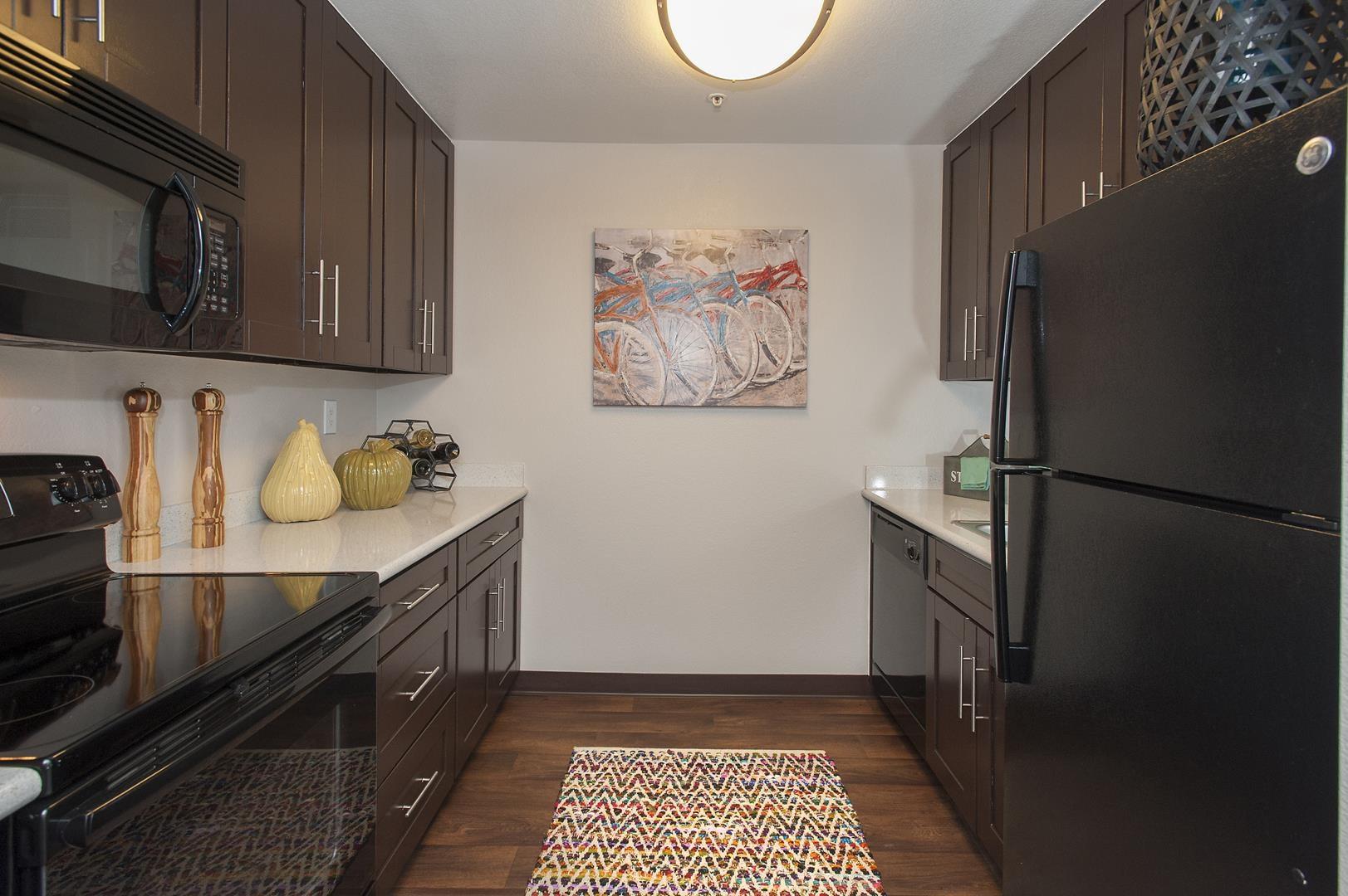 Fairfield CA Apartments-Waterscape Apartments Kitchen