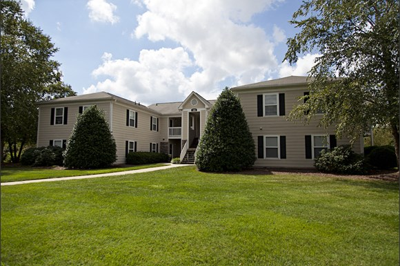 Fieldstone Apartment Homes : Fieldstone apartment homes quaker creek drive mebane