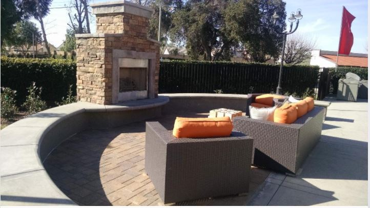 Picnic and BBQ Area at Park West Apartments, California