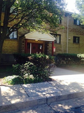 3503 Woodland Ave 1-2 Beds Apartment for Rent Photo Gallery 1