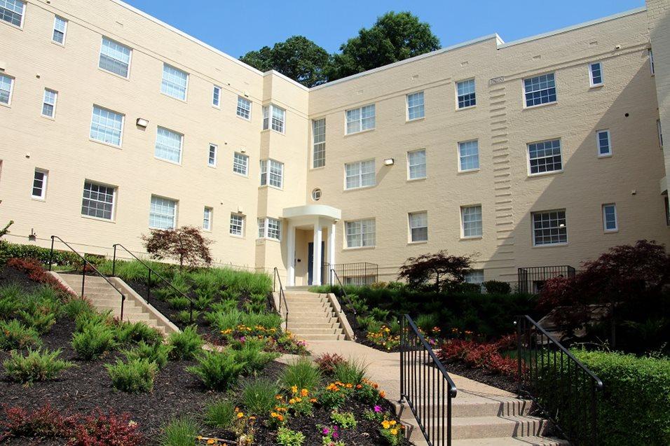 Arlington va rentals woodbury park apartments at courthouse - Garden park apartments arlington tx ...