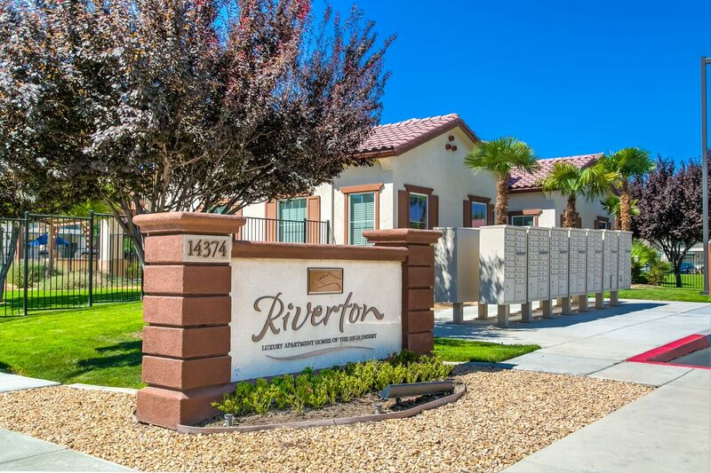 Riverton of the High Desert Apartments Exterior Front Sign