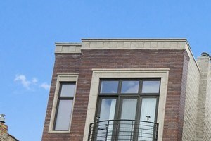 847 N. Rockwell St. 2-4 Beds Apartment for Rent Photo Gallery 1