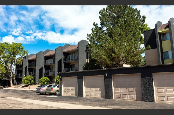 Wentworth apartments 11255 east alameda aurora co - 3 bedroom apartments denver metro area ...