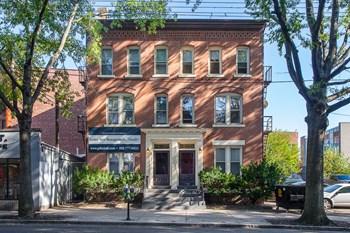 173-175 Park Street Studio Apartment for Rent Photo Gallery 1