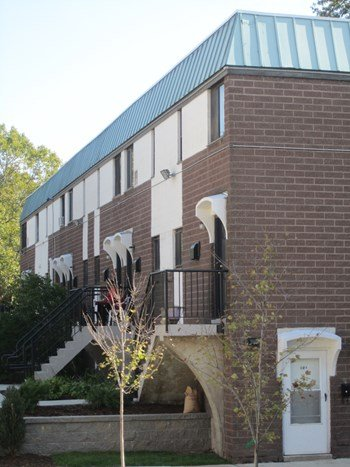 365 Orchard Street 2-4 Beds Apartment for Rent Photo Gallery 1