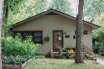 1110 Brooks 3 Beds House for Rent Photo Gallery 1