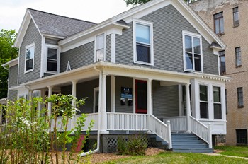 204 N. State 6 Beds House for Rent Photo Gallery 1