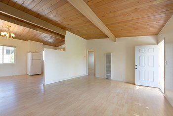 828 Embarcadero del Mar Road Studio-3 Beds Apartment for Rent Photo Gallery 1