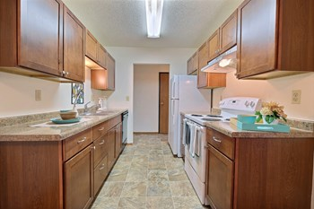 4214 9th Ave SW 3 Beds Apartment for Rent Photo Gallery 1