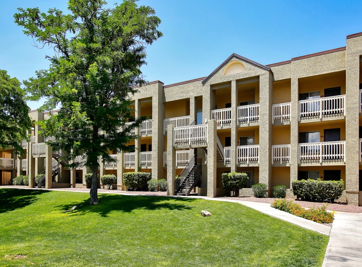 Patios and Balconies of Pavilions at Pantano in Tucson, AZ, For Rent. Now leasing 1, 2 and 3 bedroom apartments.