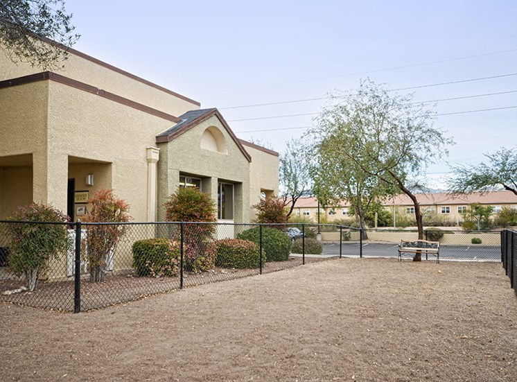 Very Pet Friendly dog run at Pavilions at Pantano in Tucson, AZ, For Rent. Now leasing 1, 2 and 3 bedroom apartments.