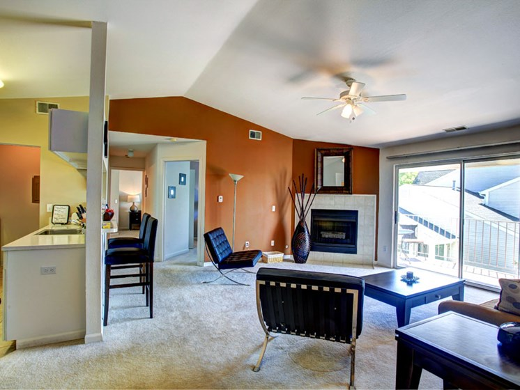 Vaulted Ceilings at Drakes Pond Apartments in Kalamazoo MI