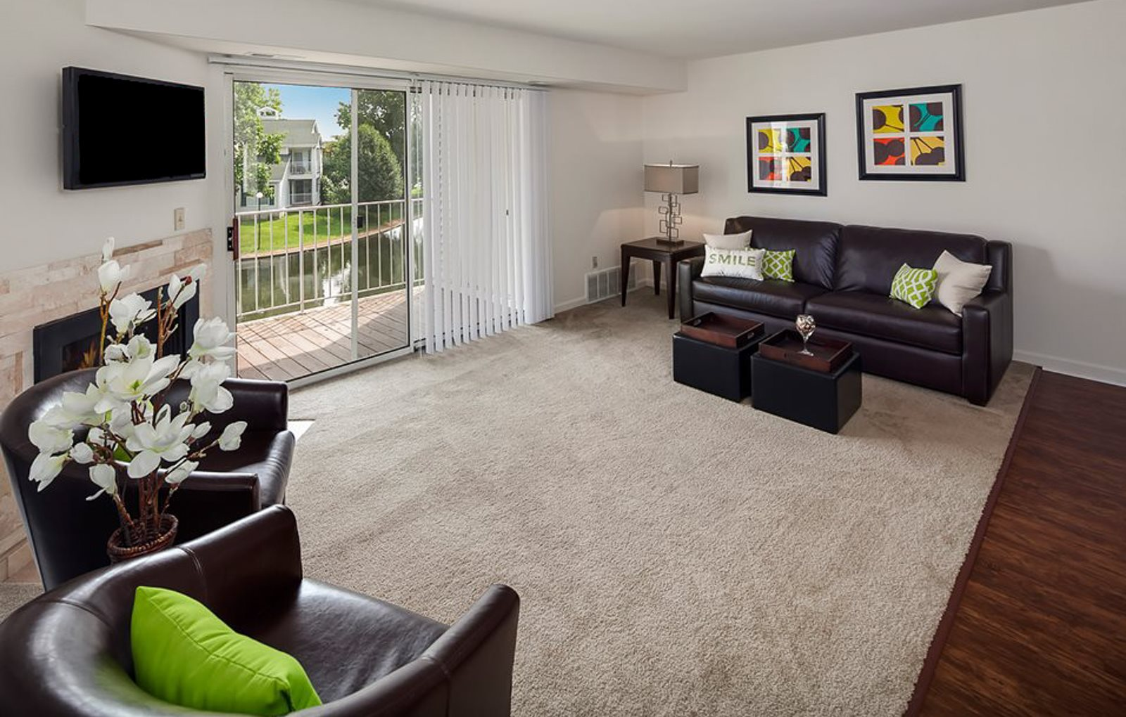 Swimming Pool at Drakes Pond Apartments in Kalamazoo MI