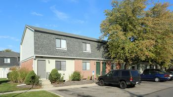1844 Forest Village Ln 1-3 Beds Apartment for Rent Photo Gallery 1