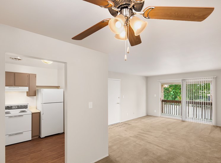 Spacious Layouts with Ceiling Fans; Kings Gate in Sterling Heights, MI