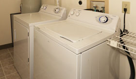 Laundry Facilities at Apartments in Clarkston
