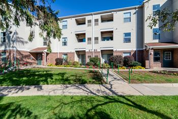 5731 Ridgeway Dr. 1-2 Beds Apartment for Rent Photo Gallery 1