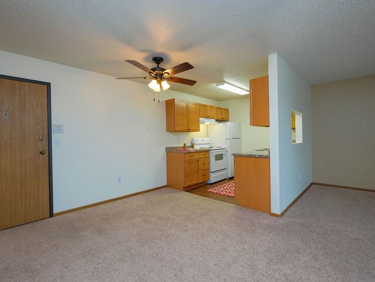 Maybrook Apartments | 3 bedroom | Dining
