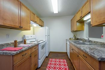 3219 18th St S 1-4 Beds Apartment for Rent Photo Gallery 1