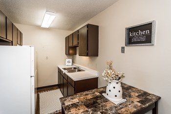1201 Memorial Drive 1-2 Beds Apartment for Rent Photo Gallery 1