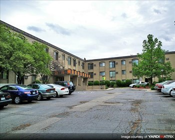 3025 Ottawa Avenue South Studio-2 Beds Apartment for Rent Photo Gallery 1