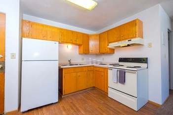 825 14Th St N 1-2 Beds Apartment for Rent Photo Gallery 1