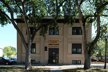 717 8th St N Studio-2 Beds Apartment for Rent Photo Gallery 1
