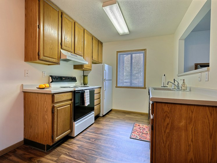 Oxford Apartments | 2 Bedroom | Kitchen