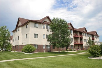 1810 42nd St SW 2 Beds Apartment for Rent Photo Gallery 1