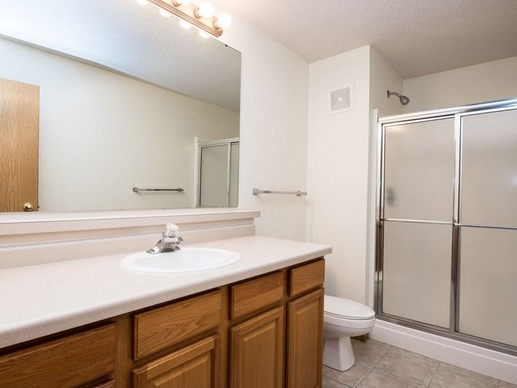 Stonebridge Apartments | 3 Bedroom Plan A | Bath