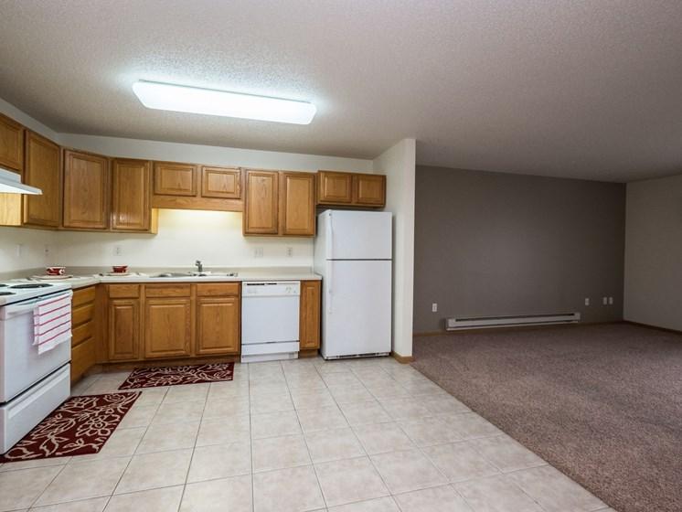 Stonebridge Apartments | 3 Bedroom Plan A | Kitchen | Dining