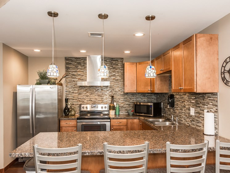 Sterling Pointe Apartments | Community Room
