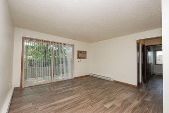 1445 Gateway Circle W Studio-2 Beds Apartment for Rent Photo Gallery 1