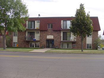 205 W Interstate Ave 2-3 Beds Apartment for Rent Photo Gallery 1