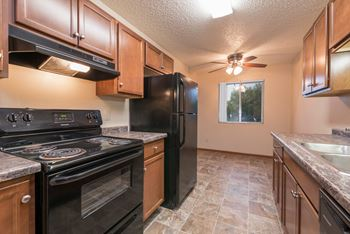217 W Interstate Ave 1-2 Beds Apartment for Rent Photo Gallery 1