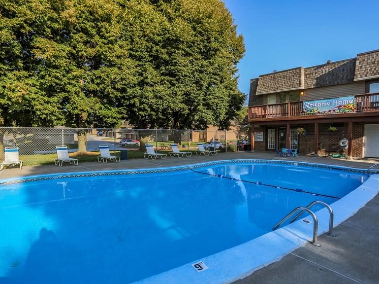 Stony Brook Apartments   Pool