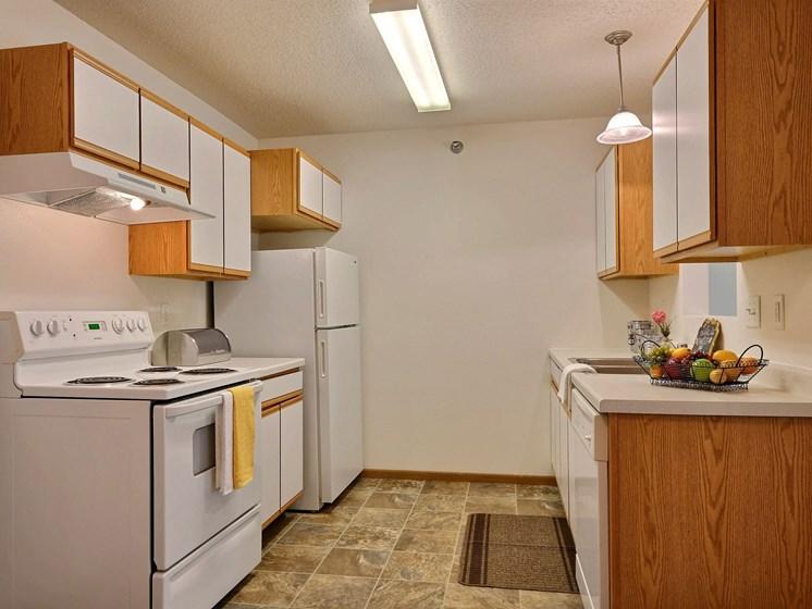 Eagle Run Apartments | 2 Bedroom Plan A | Kitchen