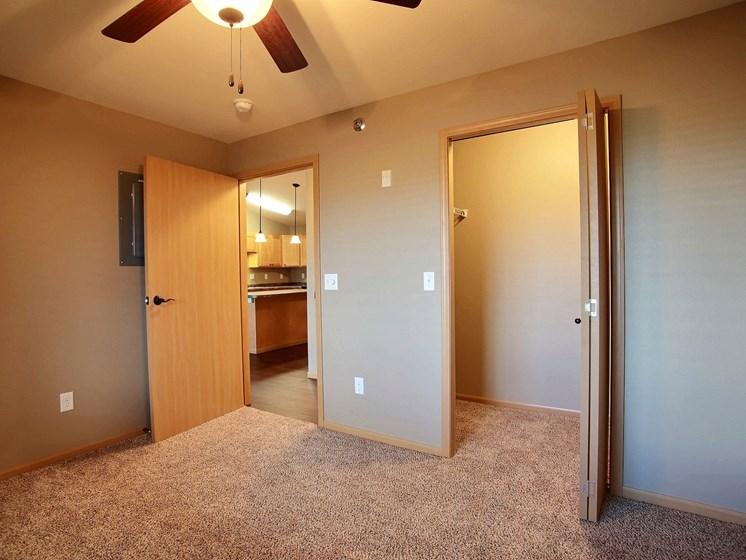 Urban Plains Apartments   1 Bdrm - Bedroom