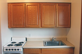 4012-26 N. Wilson 1-2 Beds Apartment for Rent Photo Gallery 1